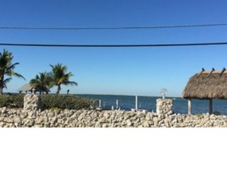 4 BR,  5.50 BTH  Single family style home in Key West