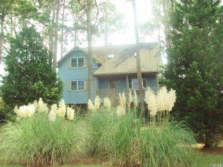 4 BR,  3.50 BTH Split foyer style home in Oak Brook