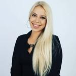 Candice Elizabeth Cruz