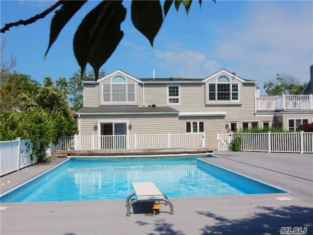 4 BR,  3.50 BTH  Colonial style home in Lido Beach