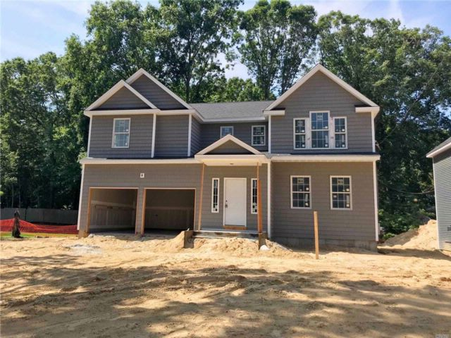 [Smithtown Real Estate, listing number 3003100]