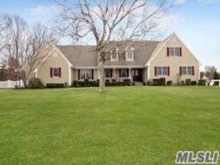 5 BR,  3.55 BTH  Farm ranch style home in Mt. Sinai