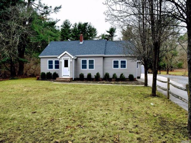 4 BR,  1.00 BTH  Cape style home in Middle Island