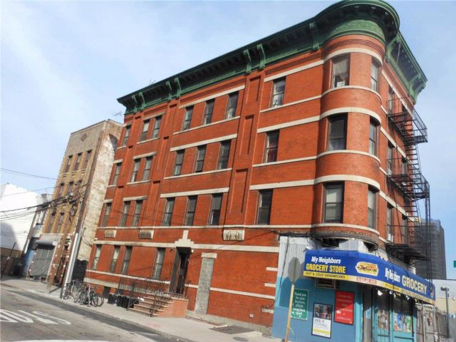 16 BR,  6.50 BTH Contemporary style home in Long Island City