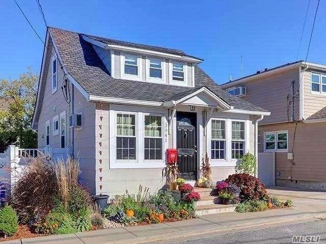 2 BR,  1.50 BTH Bungalow style home in Oceanside
