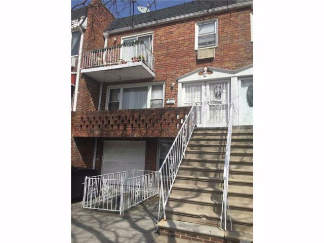 [Howard Beach Real Estate, listing number 3011163]