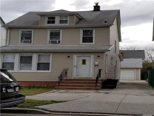 3 BR,  2.50 BTH 2 story style home in Queens Village