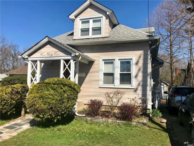 [Malverne Real Estate, listing number 3012131]