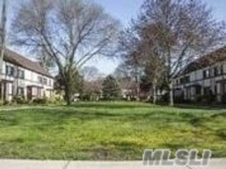 2 BR,  1.00 BTH  Co-op style home in Garden City