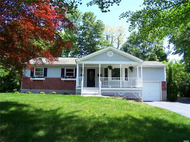 3 BR,  2.00 BTH Ranch style home in Port Jefferson
