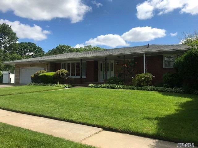 [Copiague Real Estate, listing number 3017750]