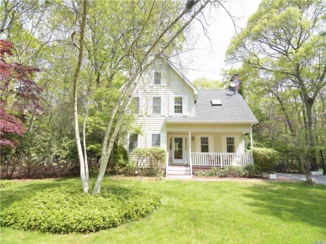 3 BR,  1.50 BTH  Colonial style home in East Hampton