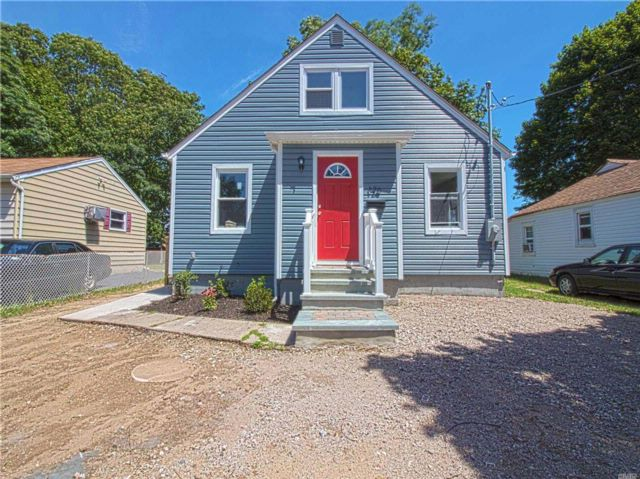 [Amityville Real Estate, listing number 3022897]