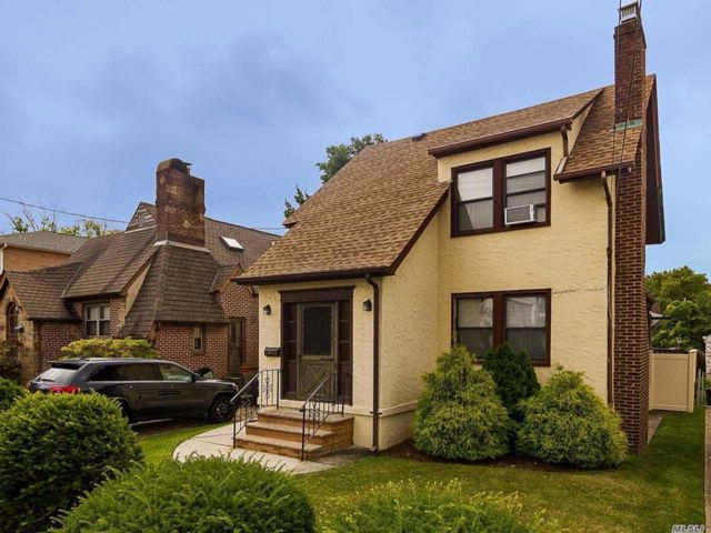 2 BR,  1.50 BTH  Colonial style home in Flushing