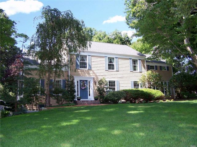 4 BR,  3.50 BTH Colonial style home in Wading River