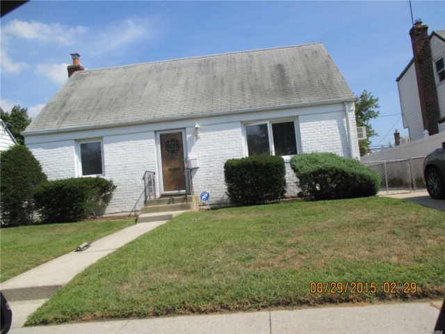 4 BR,  1.50 BTH Cape style home in Elmont