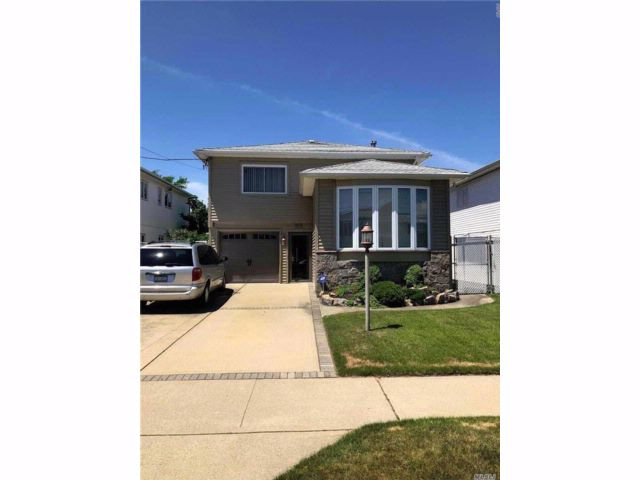 [Howard Beach Real Estate, listing number 3027563]