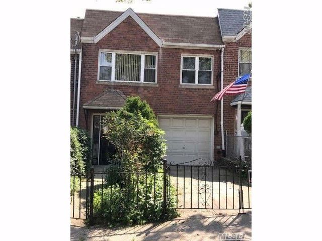 [Maspeth Real Estate, listing number 3028163]