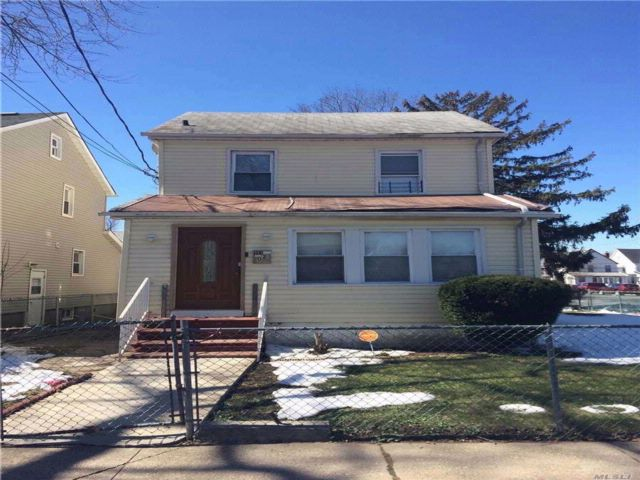 [Cambria Heights Real Estate, listing number 3028690]