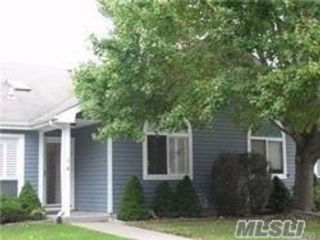 2 BR,  2.00 BTH Homeowner assoc style home in Middle Island