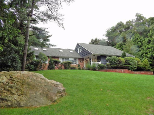 3 BR,  3.00 BTH Exp ranch style home in Shoreham