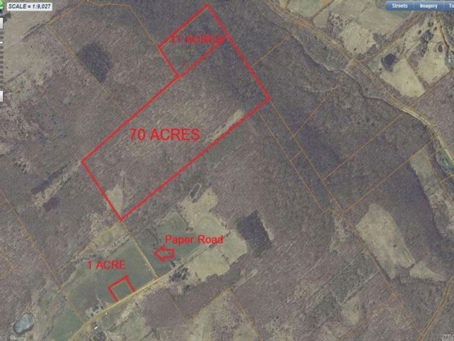 Lot <b>Size:</b> 82  Land style home in Franklin