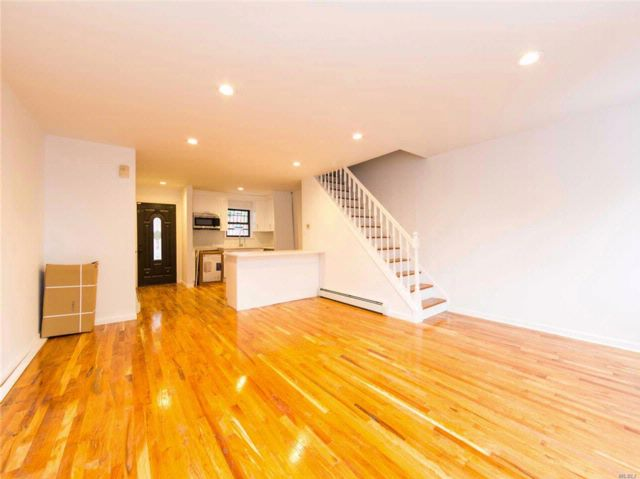 3 BR,  2.50 BTH 2 story style home in East New York