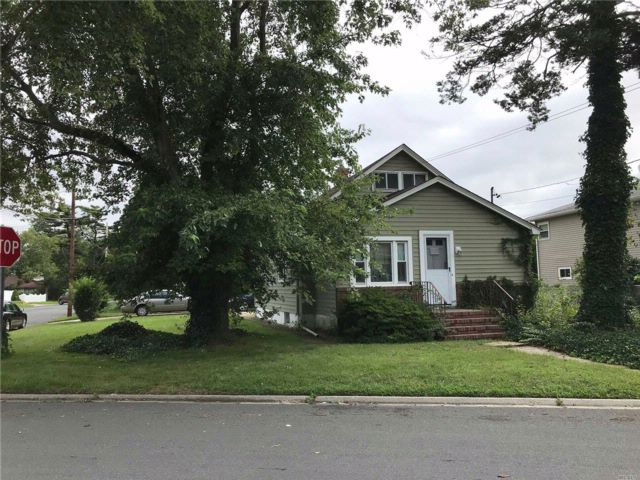 [Copiague Real Estate, listing number 3031963]