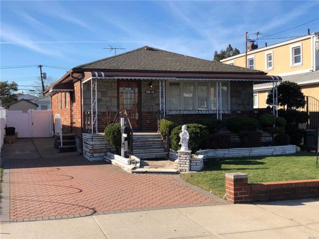 [Howard Beach Real Estate, listing number 3032996]