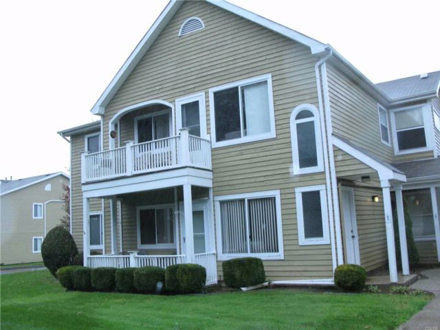 2 BR,  2.00 BTH  Condo style home in Middle Island