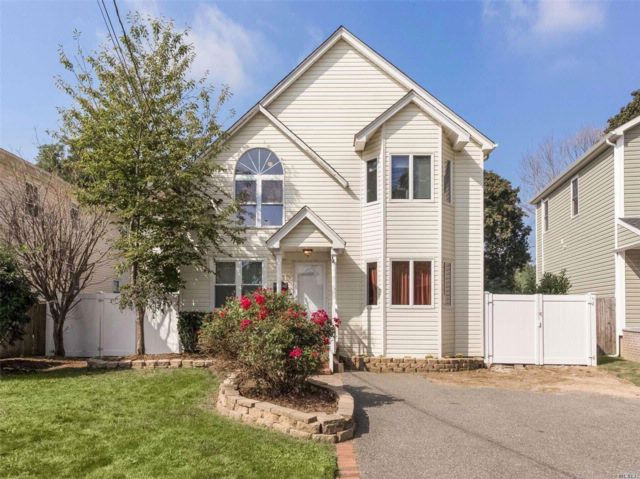 [Wantagh Real Estate, listing number 3034620]