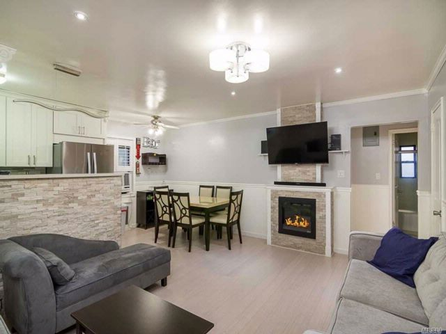 1 BR,  1.00 BTH Co-op style home in Fresh Meadows