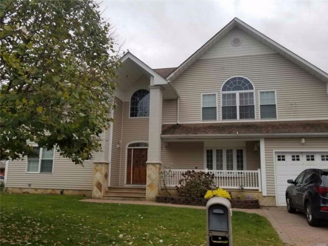 [Amityville Real Estate, listing number 3035187]