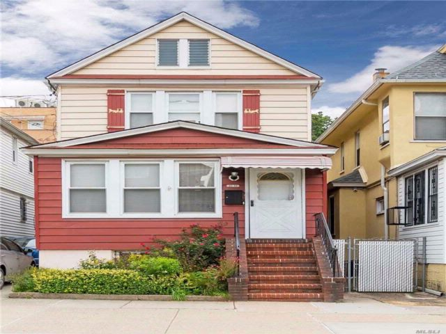3 BR,  1.00 BTH Colonial style home in Elmhurst