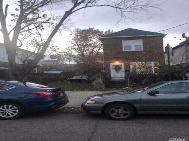 2 BR,  1.00 BTH  Hi ranch style home in South Ozone Park