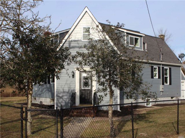 [Mastic Beach Real Estate, listing number 3039972]