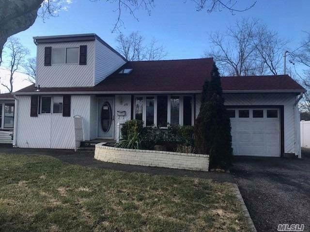 [Huntington Station Real Estate, listing number 3041945]