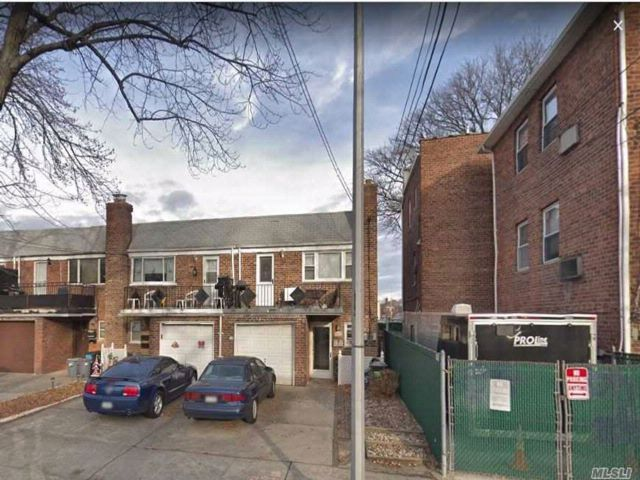 1 BR,  1.00 BTH Apt in house style home in Flushing