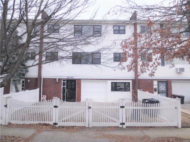 6 BR,  3.00 BTH  Other style home in Rosedale