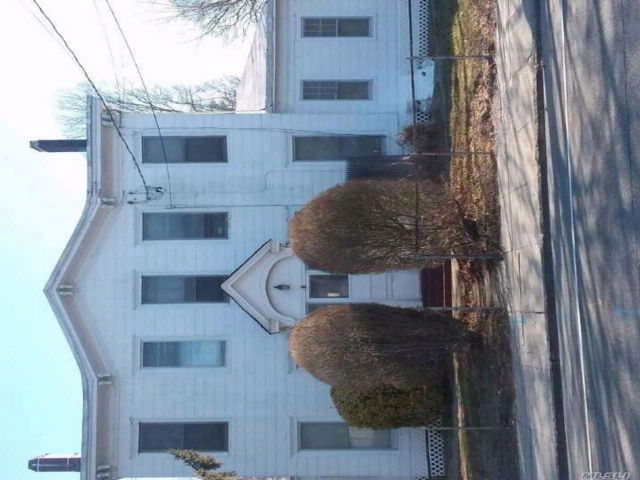 Studio,  0.00 BTH Apt house style home in Patchogue