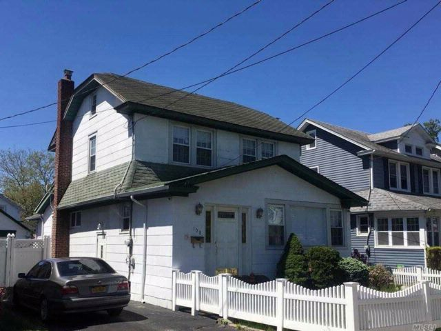 4 BR,  2.00 BTH Other style home in Valley Stream