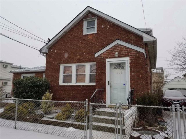 [Elmont Real Estate, listing number 3044455]