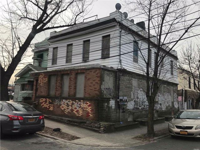 [Maspeth Real Estate, listing number 3044620]