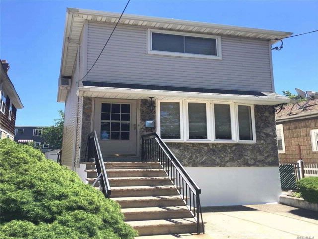 [College Point Real Estate, listing number 3045381]
