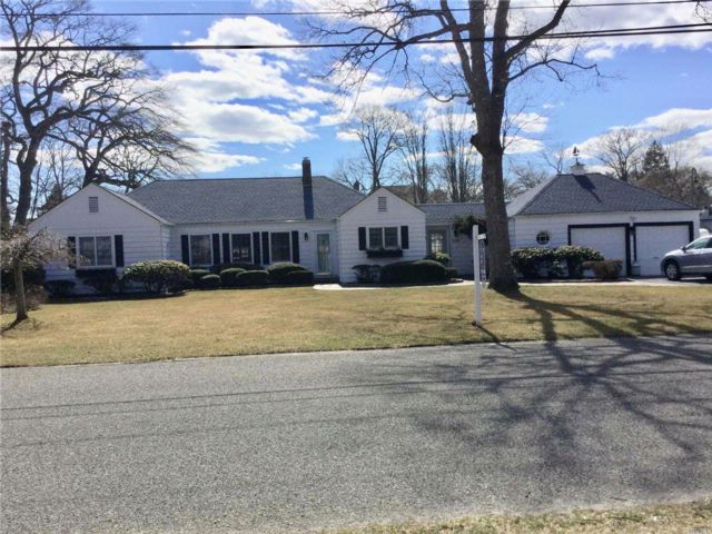 3 BR,  1.50 BTH Ranch style home in Oakdale