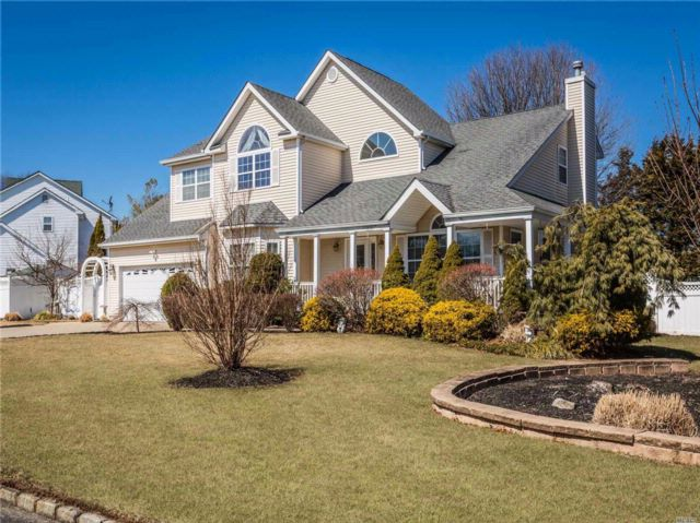 4 BR,  3.50 BTH Victorian style home in Port Jefferson Station