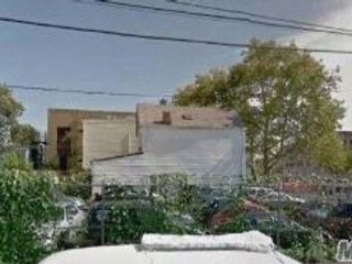 Lot <b>Size:</b> 50X77.75  Land style home in East New York