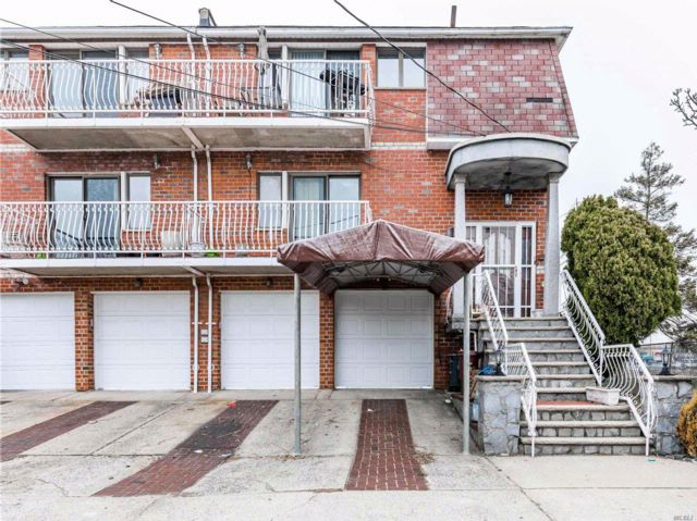 [Howard Beach Real Estate, listing number 3048174]