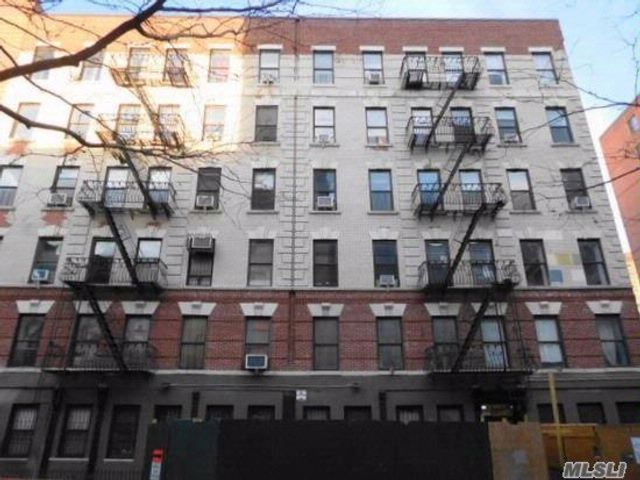 2 BR,  1.00 BTH  Condo style home in NYC - Fifth Avenue