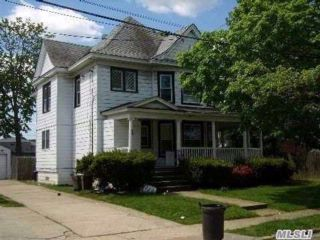 4 BR,  2.00 BTH Colonial style home in Farmingdale